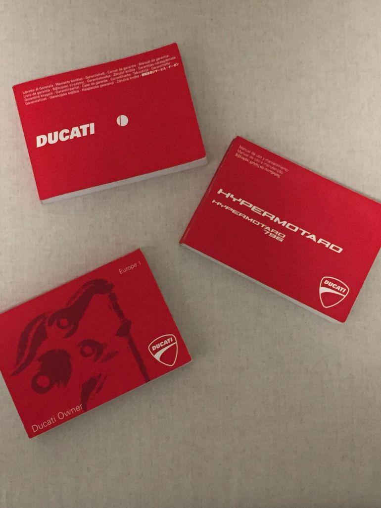 Ducati Hypermotard 796 - Foto #9