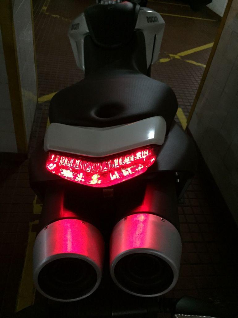 Ducati Hypermotard 796 - Foto #10