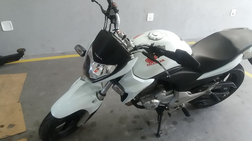 Honda CB 300R (ABS) (Flex) - Foto #1