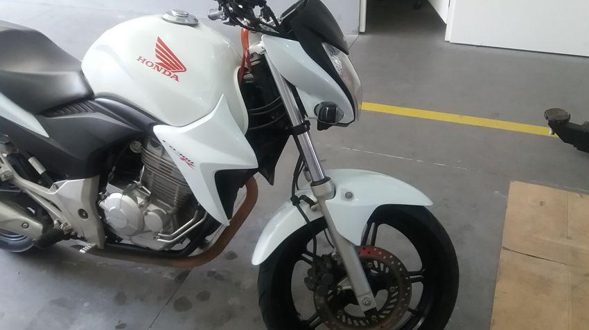 Honda CB 300R (ABS) (Flex) - Foto #2