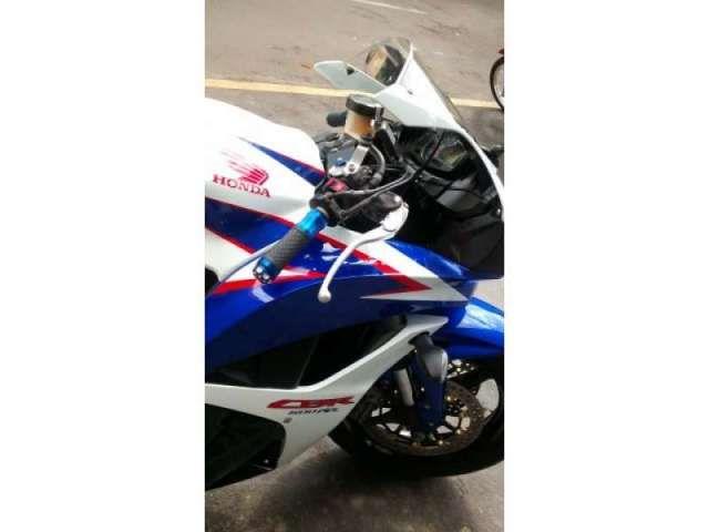 Honda CBR 600 RR - Foto #2