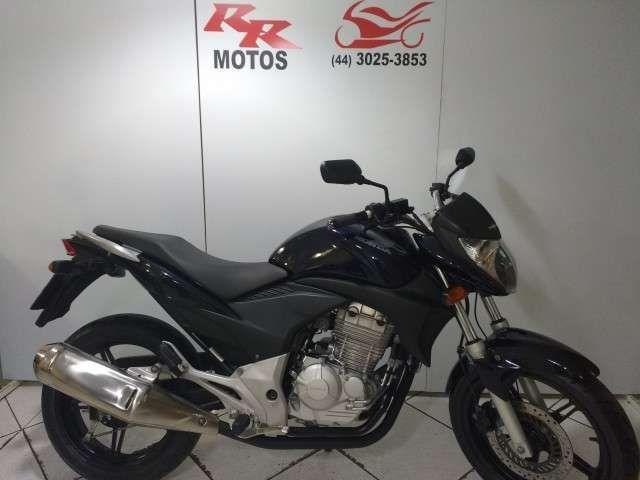 Honda CB 300R - Foto #1
