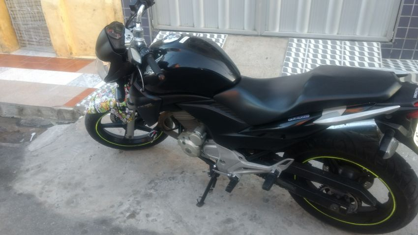 Honda CB 300R (Flex) - Foto #1
