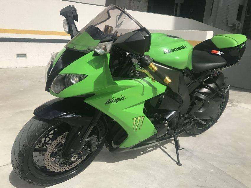 Kawasaki Ninja ZX 10 (1000cc) - Foto #5