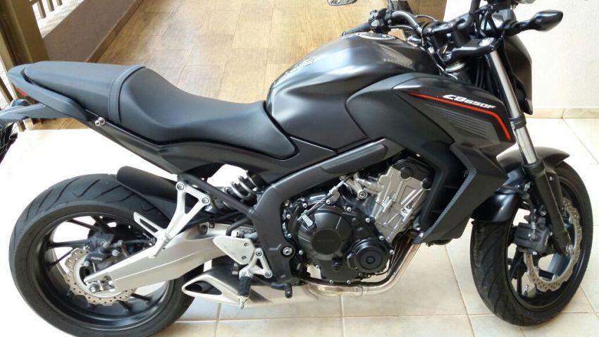 Honda CB 650F - Foto #6