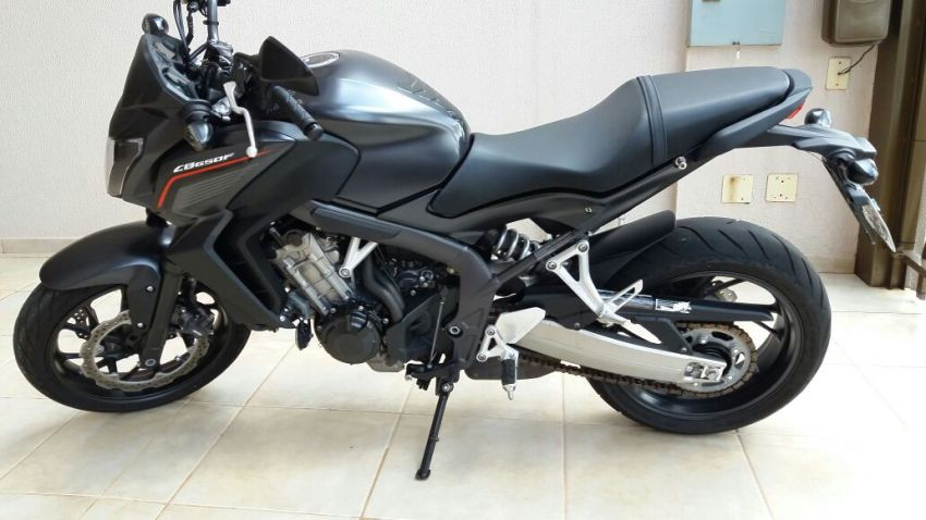 Honda CB 650F - Foto #7