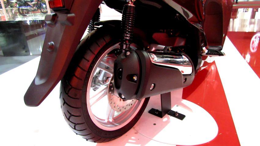 Honda SH 300i - Foto #7