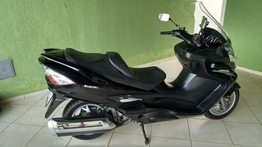 Suzuki Burgman 400 - Foto #9