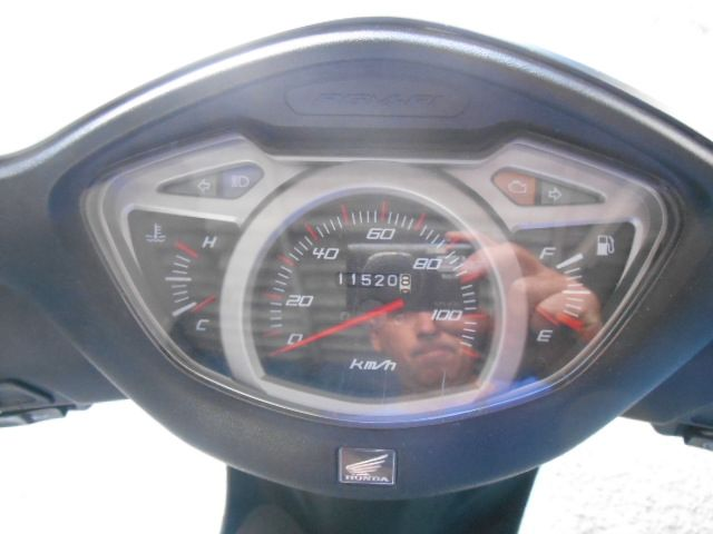 Honda Lead 110 - Foto #2