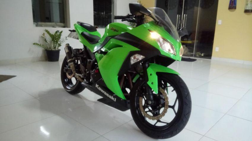 Kawasaki Ninja 300 - Foto #5