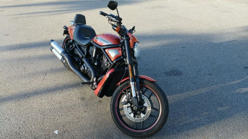 Harley-Davidson V Rod 10th Anniversary Edition - Foto #3
