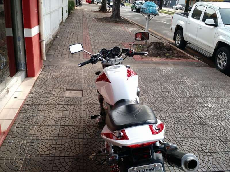 Honda CB 1300 Super Four (STD) - Foto #4