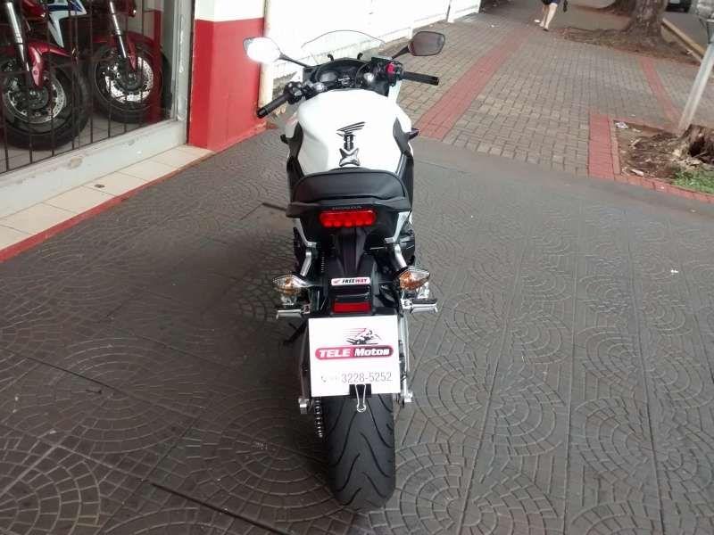 Honda CBR 650F - Foto #3