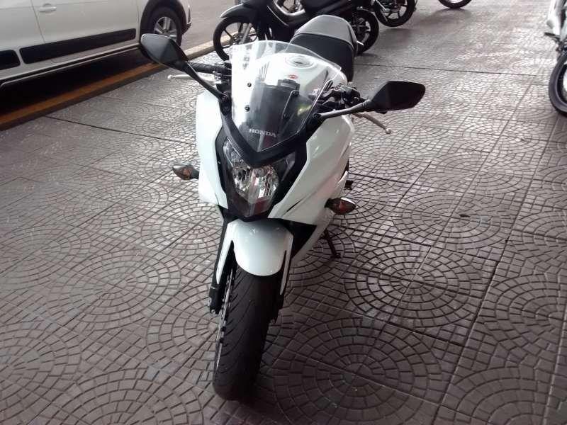 Honda CBR 650F - Foto #4