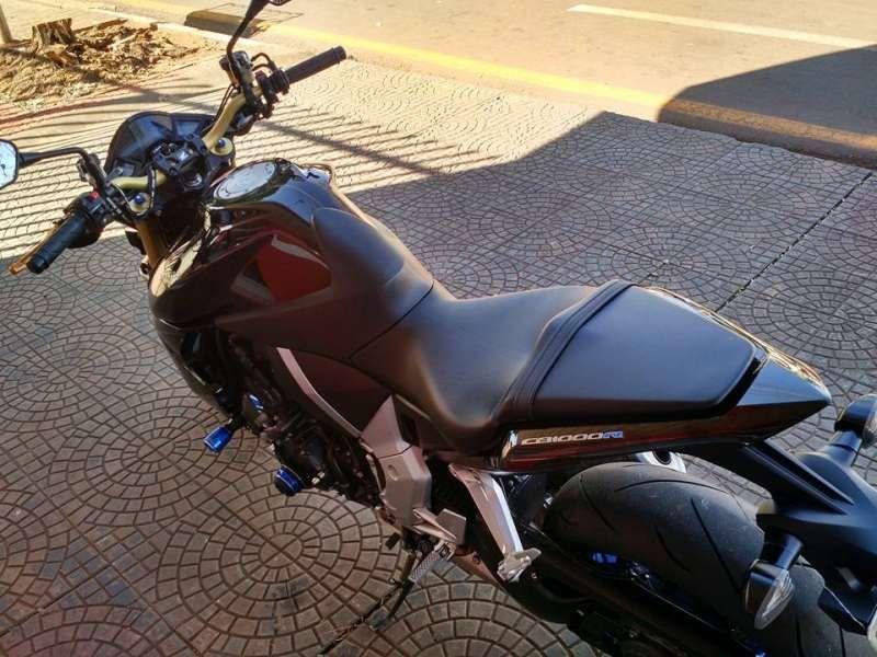 Honda CB 1000R (ABS) - Foto #5