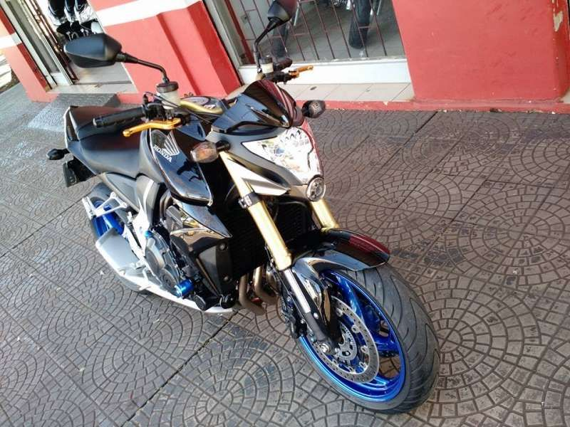 Honda CB 1000R (ABS) - Foto #9