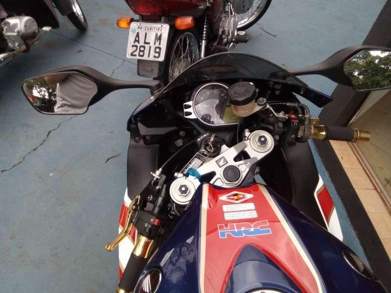 Honda CBR 1000 RR Fireblade (ABS) - Foto #2