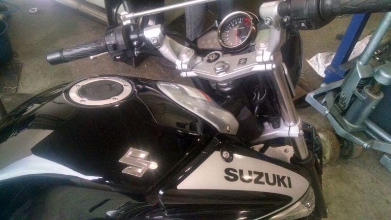Suzuki Inazuma 250 - Foto #1