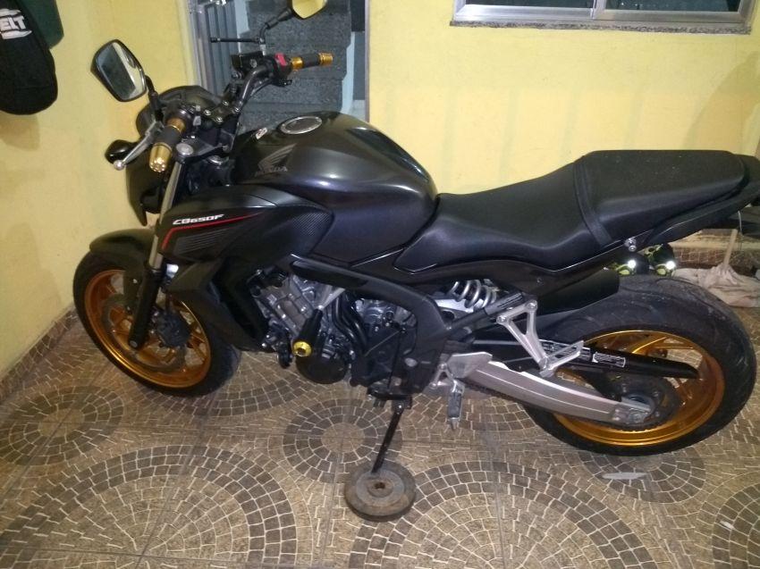 Honda CB 650F - Foto #5