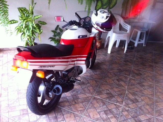 Honda CBR 450 SR - Foto #5