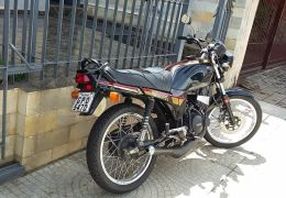 Yamaha RDZ 135 - Foto #2