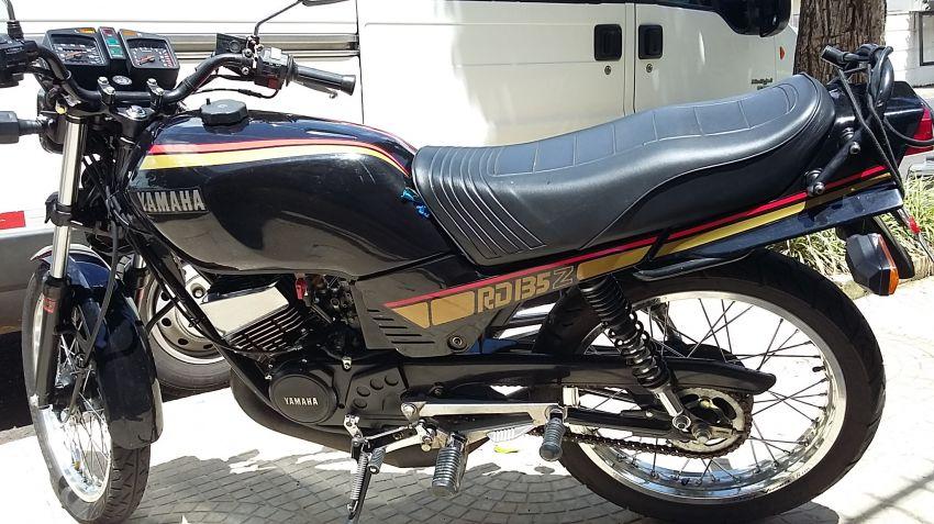 Yamaha RDZ 135 - Foto #8