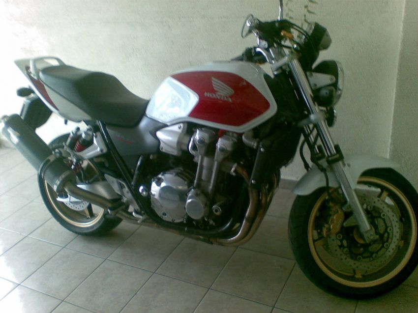 Honda CB 1300 Super Four (STD) - Foto #4