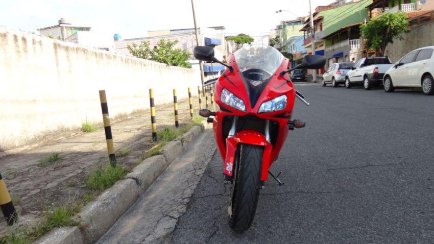 Honda CBR 1000 RR Fireblade (ABS) - Foto #5
