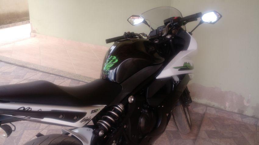 Kawasaki Ninja 650R - Foto #1