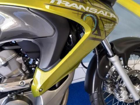 Honda XL 700V Transalp - Foto #1