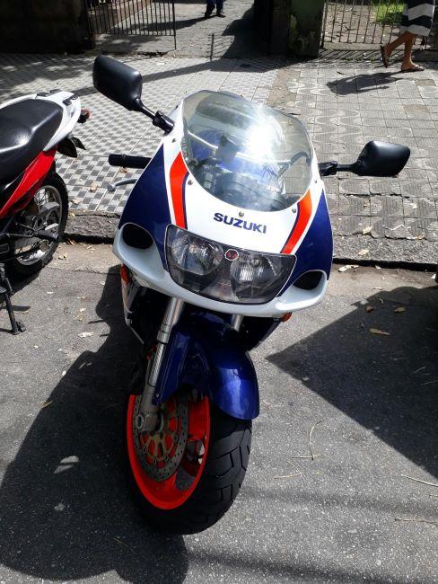 Suzuki GSX R 750 W - Foto #3