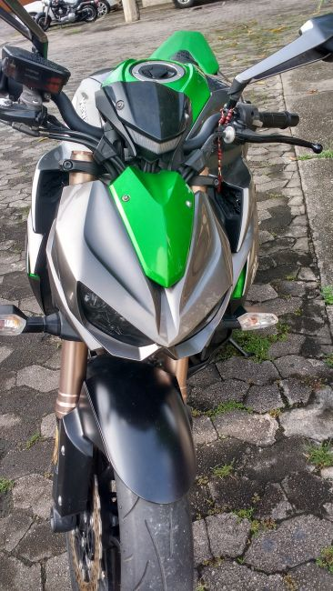 Kawasaki Z 1000 - Foto #6