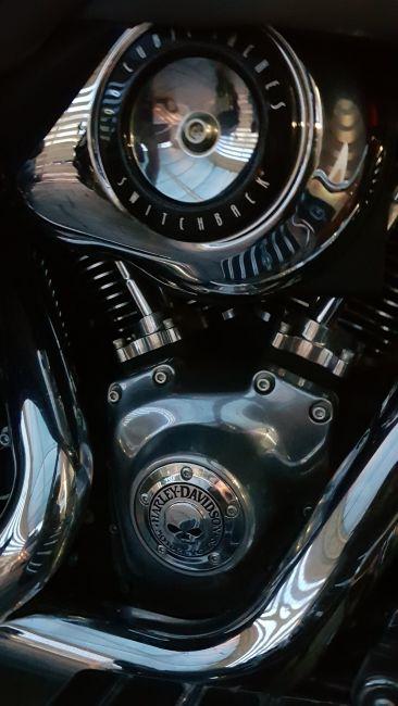 Harley-Davidson Dyna Switchback - Foto #1