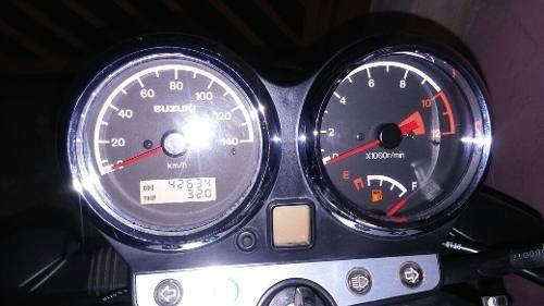 Suzuki GSR 125 - Foto #4