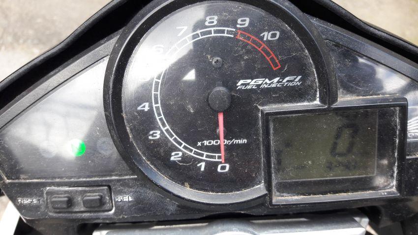 Honda CB 300R (edição especial) - Foto #4