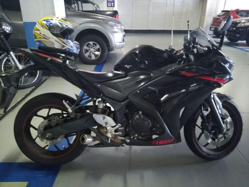 Yamaha YZF R3 (STD) - Foto #1