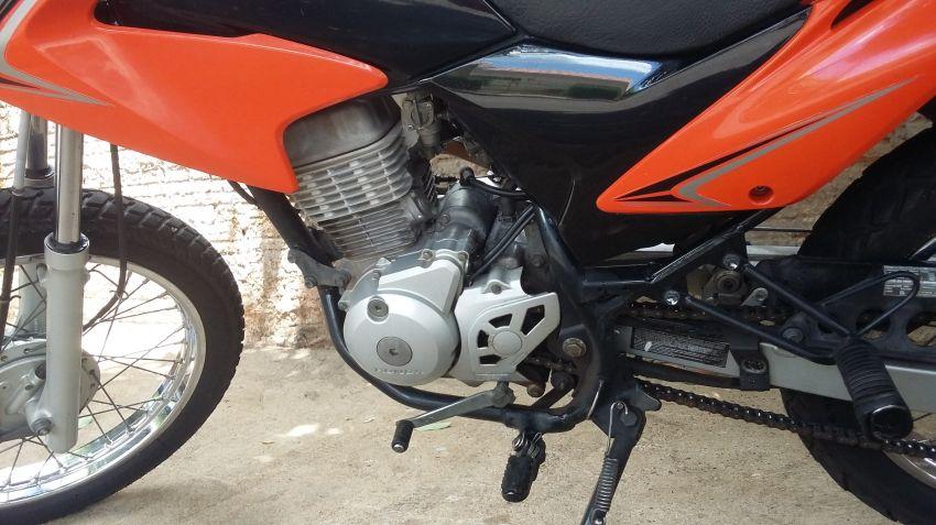 Honda NXR 125 Bros ES - Foto #1