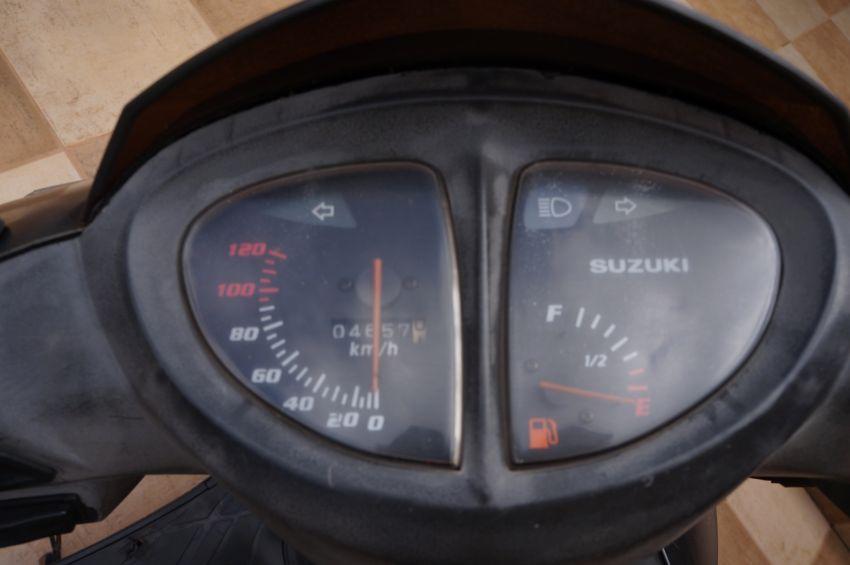 Suzuki Burgman AN 125 - Foto #1