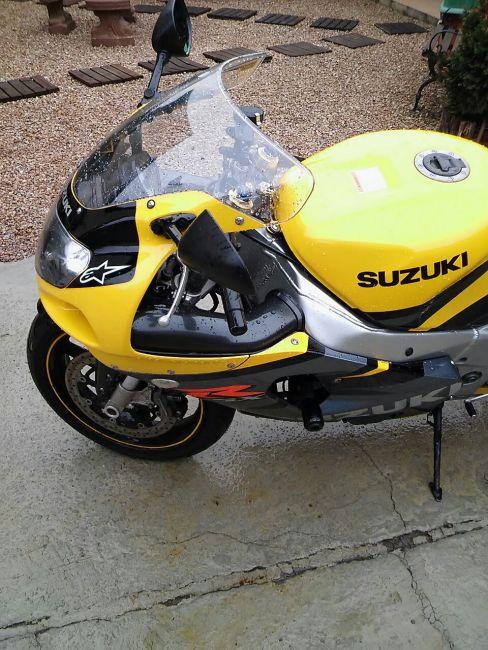 Suzuki GSX R 750 - Foto #9