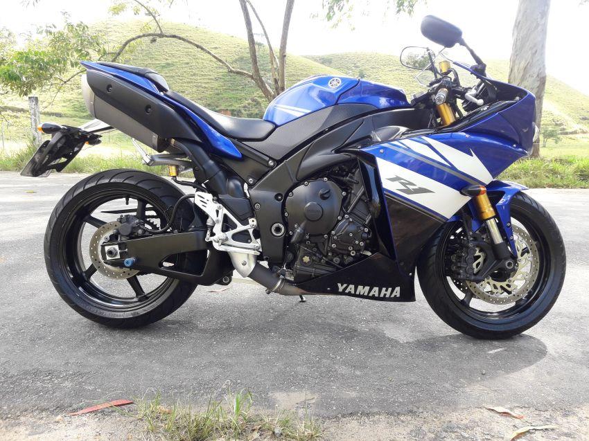 Yamaha YZF R1 - Foto #7