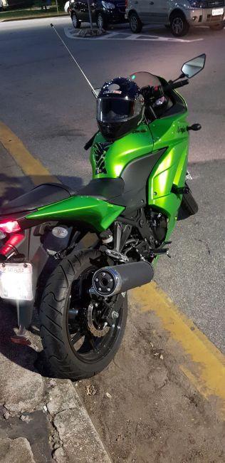 Kawasaki Ninja 250R - Foto #5