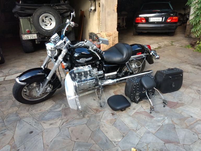 Honda Valkyrie 1500 - Foto #2