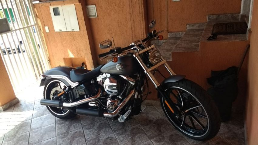 Harley-Davidson Softail Blackline - Foto #4