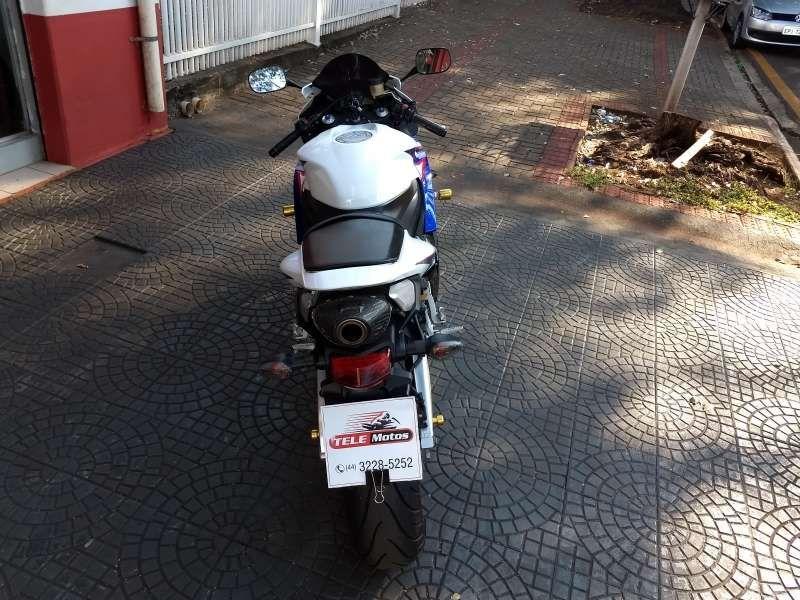 Honda CBR 600 RR - Foto #6