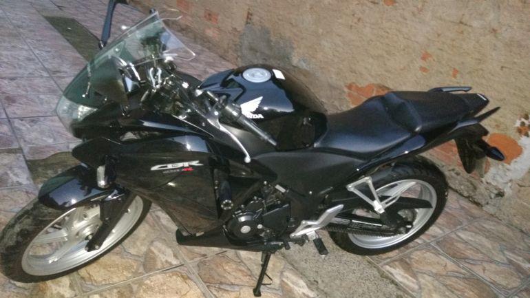 Honda CBR 250R - Foto #4