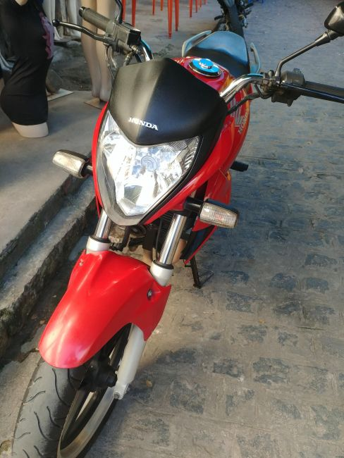 Honda CB 300R (ABS) - Foto #6