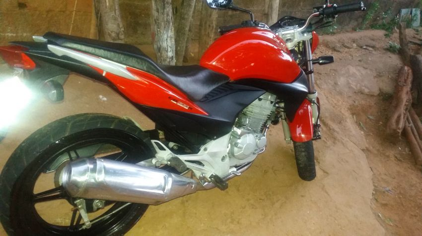 Honda CB 300R - Foto #3