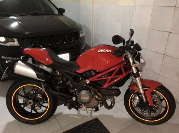 Ducati Monster 796 - Foto #5