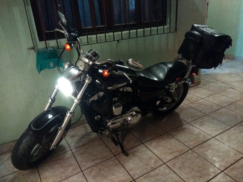 Harley-Davidson Sportster 1200 Custom - Foto #10