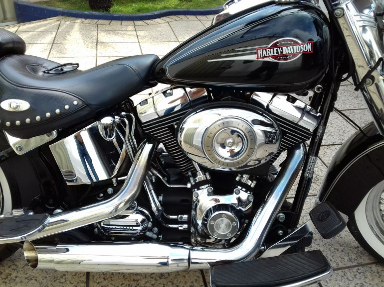 Harley-Davidson Heritage Softail Classic - Foto #2